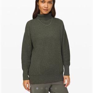 Like new lululemon cozy calling sweater